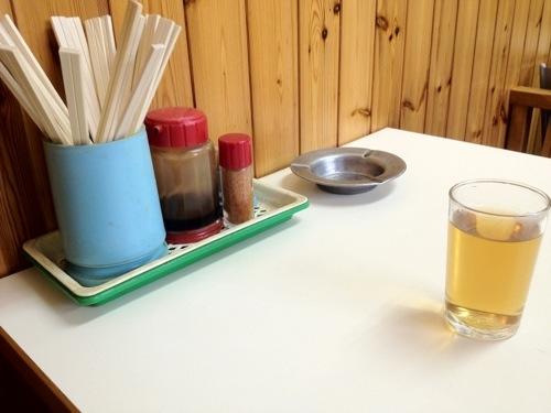 お好み焼き キクヤのテーブル