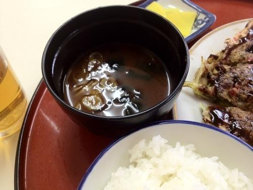 お好み焼き キクヤのご飯と味噌汁