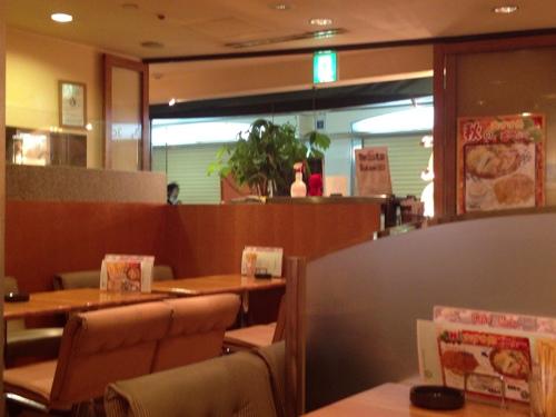 Cafe Ars店内