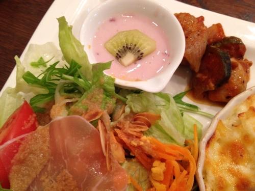 Cafe de Lyonのサラダ