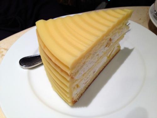 HARBSのマロンケーキ