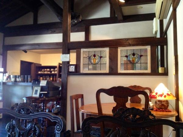 茶三昧 灯屋 テーブル