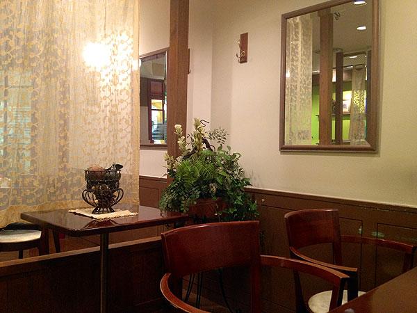 カフェ-グラシュー