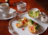 多治見市小名田町の山の中のカフェでモーニングしてきました